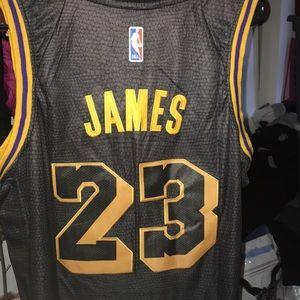 low priced b35f9 919b1 LeBron James black laker jersey NWT